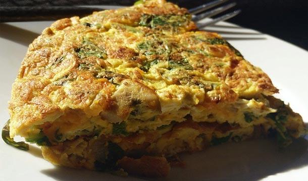 Tortilla de huevos con vegetales