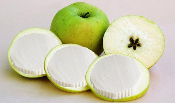 Queso con manzana